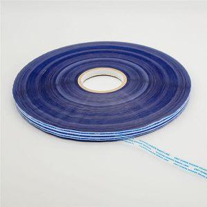 Nastro sigillante permanente con pellicola blu